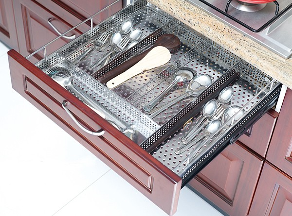 Optimise kitchen storage with the right channel and basket for Kitchen trolley design